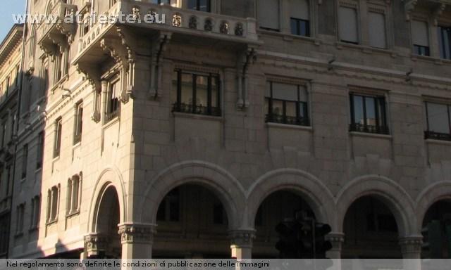 Stile veneziano for Piani portici anteriori
